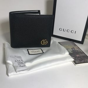 GucciGG Marmont Leather Wallet (Authentic)
